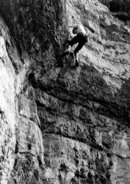 Above: Phil Burke soloing Scoop Wall. (Ian Smith)