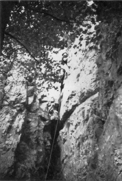 Graham West on the first ascent of Cave Crack at Stoney West. (Malc Baxter)